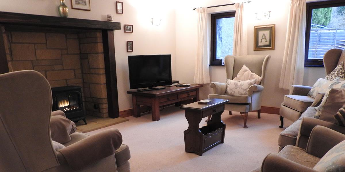 rowan-lounge